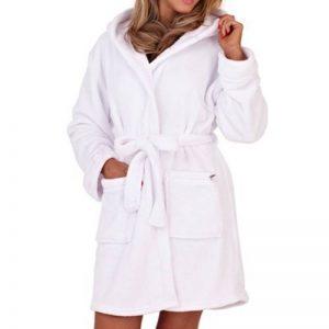 Robe de chambre courte à capuche - ceinture - femme de la marque Lora Dora image 0 produit